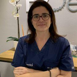 Ines Vazquez Magia Cirugia Oral y Maxilofacial Coruña